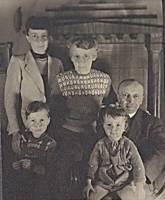Susi,Falk, Irmgard, Ricarda, Hermann 1945